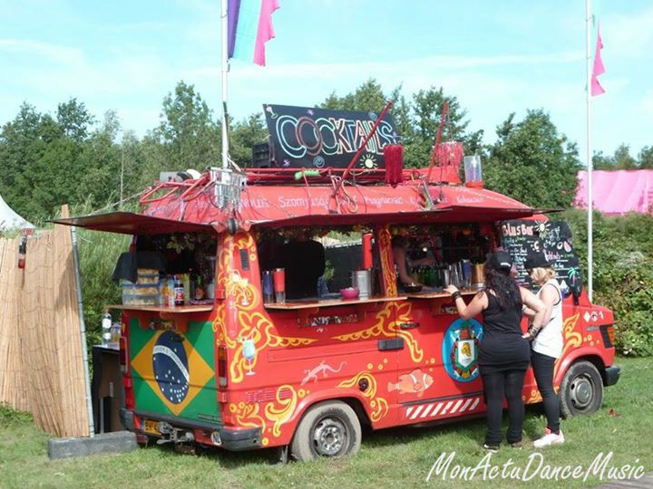 reportage-mysteryland-2015-festival-pays-bas-cocktail