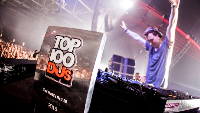 dj mag top 100 critique