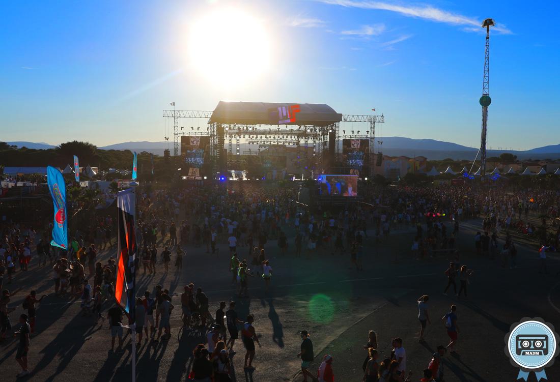 reportage emf 2016 mainstage panoramique